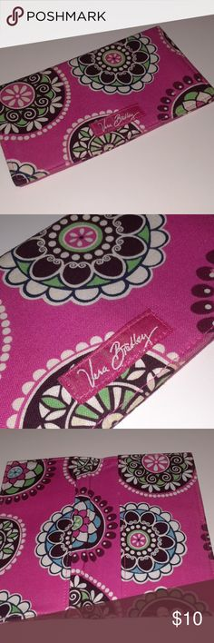 💙3/15 Vera Bradley pink checkbook cover This checkbook cover is in great condition. It is pink with green, brown, and white. Vera Bradley Bags Wallets