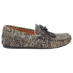 Pre-owned Isabel Marant Etoile Loafers ($118) ❤ liked on Polyvore featuring shoes, loafers, ecru, women shoes flats, black loafer shoes, leopard shoes, leopard print shoes, loafer flats and leopard loafer flats