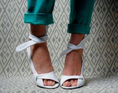 white leather wedge sandals / ankle strap / by persephonevintage