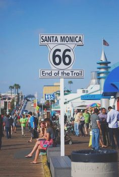 Santa Monica, California - end of the Route 66 trail, west coast San Francisco, San Diego, Pier Santa Monica, Reisen In Die Usa, Places To Travel, Places To Visit, Voyage Usa, City Of Angels, California Dreamin'