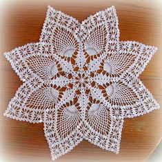 Crochet Doily / White Pineapple Doily with Lovely Points--Handcrocheted Natural Doi Free Crochet Doily Patterns, Crochet Lace Edging, Cotton Crochet, Thread Crochet, Lace Doilies, Crochet Doilies, Crochet Tablecloth, Tatting Lace, Knitting Designs