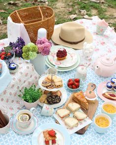 lovely GreenGate goes picnicking  pic by GreenGate Taiwan
