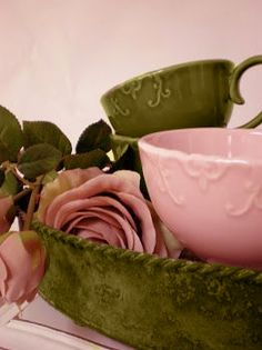#ceramics and #roses in olive green and pink
