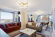 A Hilton Budapesté 'Az Év HotelDesign lakosztálya' Couch, Curtains, Hotels, Group, Furniture, Home Decor, Budapest, Blinds, Decoration Home