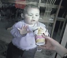 Bebé sediento