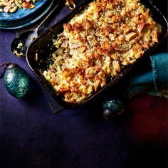 Try our mac and cheese with ham recipe. This easy mac and cheese recipe is an easy baked mac and cheese with ham. Make our easy macaroni and cheese with ham Mac And Cheese Recipe With Ham, Recipes With Cooked Ham, Easy Mac And Cheese, Bacon Mac And Cheese, Ham Recipes, Cheese Recipes, Macaroni Cheese, Pasta Recipes, Ham Wraps