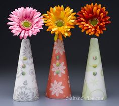 Pretty!! DIY Spring Flower Cones for Teacher Appreciation Week or for Mother's Day. CraftsnCoffee.com.