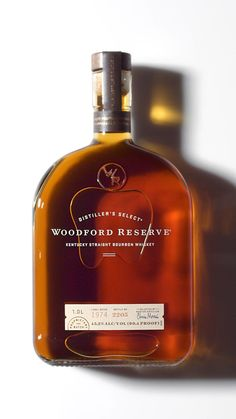 With over 200 flavor notes to discover, every sip of Woodford Reserve is a spectacle for the senses. Drinks Alcohol Recipes, Alcoholic Drinks, Beverages, Alcohol Bar, Cigars And Whiskey, Bourbon Whiskey, Whiskey Bottle, Woodford Reserve Bourbon, Barista Training