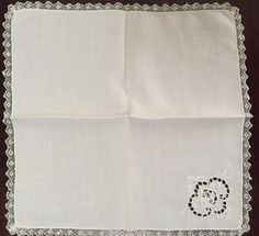 Four Vintage Lace Edged Napkins w Cutwork Embroidery Medallion Prime Condition | eBay