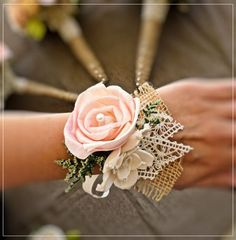 courthouse wedding corsages for guests with peach flowers and burlap