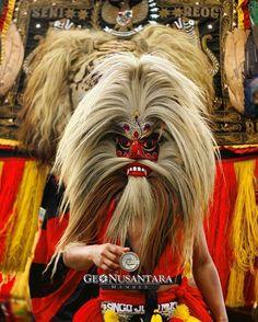 Terima kasih dan selamat kepada : @aalghifar  Sebagai Member Geonusantara Hari Ini. Mari berbangga menjadi Keluarga #Geonusantara  Keterangan : Warok dan Reog Ponorogo  Foto dipilih oleh Tim Kurator Unggah Bersama ___________________ Divisi Provinsi Geonusantara : @GeoAceh (Aceh) @GeoSumut (Sumatera Utara) @GeoJabodetabek (Jakarta Raya) @GeoJabar (Jawa Barat) @GeoJateng (Jawa Tengah) @GeoDIY (Daerah Istimewa Yogyakarta) @GeoJatim (Jawa Timur) @GeoSulteng (Sulawesi Tengah) @GeoSulsel…
