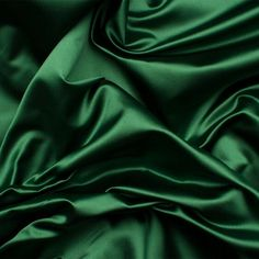 duchess satin An elegant and lustrous fabric. This stiffer deep green silk duchess satin is shiny, lightweight and luxurious. A timeless fabric reminiscent of and Dior and Gi Dark Green Aesthetic, Aesthetic Colors, Aesthetic Photo, Aesthetic Pictures, Draco Malfoy Aesthetic, Slytherin Aesthetic, Verde Vintage, Satin Vert, Verde Neon
