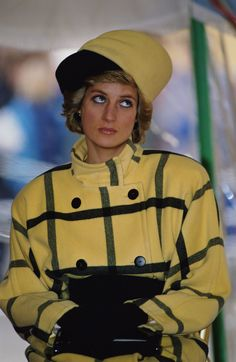 Princess Diana in Yellow Coat, 1989. Photo Gallery of Princess Diana's Stylefashion.about.com