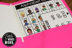 Freebielicious: Sight Word Freebie Flashcards & Mini Word Walls!