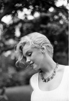 marilyn_monroe_sam_shaw_september_1957