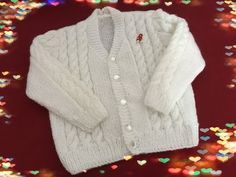 Blusinha de bebê com trança - YouTube Baby Cardigan, Crochet Baby, Kids Outfits, Knitting, Sweaters, Clothes, Youtube, Style, Fashion