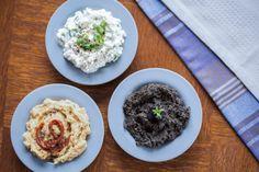 10 fit domácích pomazánek: Hotovo do 15 minut! Real Food Recipes, Healthy Recipes, Organic Recipes, Ethnic Recipes, Good Food, Yummy Food, Gluten Free Cooking, Finger Foods, Pesto