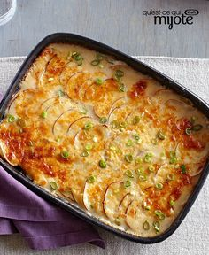 Amp up the cheese factor with melty PHILLY Cheese and grated Parm to make these Creamy Scalloped Potatoes your best bet for the next big holiday dinner. Creamy Scalloped Potatoes, Scalloped Potato Recipes, Potato Side Dishes, Veggie Dishes, Main Dishes, Vegetable Sides, Vegetable Recipes, Philly Cheese, Cooking Instructions
