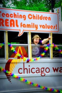 32 Gay Pride Pictures Everyone Should See Real Family, Lgbt Rights, Positive Images, Same Love, Family Values, Children And Family, Social Issues, Gay Pride, Cookies Et Biscuits