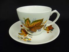 ALFRED MEAKIN AUTUMN LEAVES TEA CUPS AND SAUCERS (u) #CupsSaucers