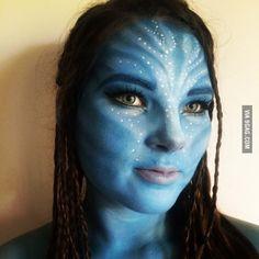I turned my housemate into Neytiri from Avatar.