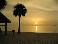 Hudson Florida Waterfront Vacation Rental Home - 2 bedrooms