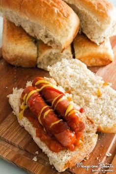 Receita de Pão para Cachorro Quente - Hot Dog. Clique na imagem para ver a receita no blog Manga com Pimenta.