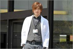 Yu Hanazakari No Kimitachi E, Handsome Guys, Anime Art, Actors, Coat, Sexy, Fashion, Pretty Boys, Moda