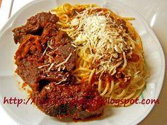 Μοσχάρι κοκκινιστό με μακαρόνια - από «Τα φαγητά της γιαγιάς»