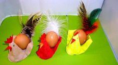 Lieder/basteln-Hahn-und-Hennen-aus-Eierkartons-von-oben Diy Ostern, Spring Crafts For Kids, Easter Crafts, Spring Crafts