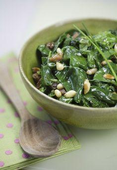 Salade de pousses d épinards : epinards et pignons en salade, recette d epinard - Salades : salade été, recettes de salades, recette salade légère et croquante