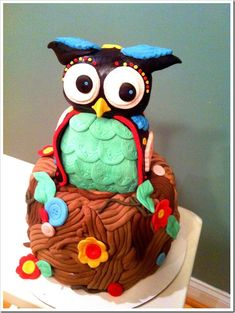 Love owls!! Cute cake