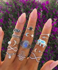 Pintrest| larajay ⭐️ - artisan jewelry, jewelry and accessories, storing jewelry *sponsored https://www.pinterest.com/jewelry_yes/ https://www.pinterest.com/explore/jewelry/ https://www.pinterest.com/jewelry_yes/body-jewelry/ http://www.zaful.com/jewelry-e_3/