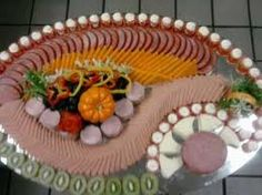 cold cut meat display by khmer chef Appetizers Table, Cold Cuts, Food Displays, Antipasto, Food Art, Sushi, Platter, Cooking, Cake
