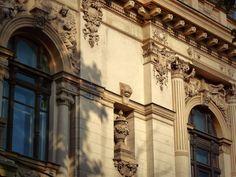 Casa Gradisteanu  Calea Victoriei Bucharest Romania, Mai, Trips, Louvre, Packing, Building, Travel, Houses, Viajes