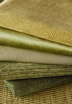 James Huniford Lee Jofa #Green #Fabric Stack - Fabrics Top To Bottom: Reid In Pea 2014130-23, Queen Victoria In Mist 2014145-233, Bank In Herb 2014131-30, Breslow In Green 2014129-3, Judd In Green 2014132-30, Hamilton In Herb 2014126-23.