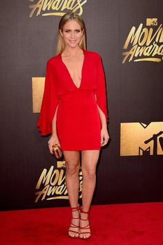 Brittany Snow Photos Photos - Actress Brittany Snow attends the 2016 MTV Movie Awards at Warner Bros. Studios on April 2016 in Burbank, California. MTV Movie Awards airs April 2016 at ET/PT. Anna Kendrick Pitch Perfect, Pitch Perfect 2, Brittany Snow, Mtv Movie Awards, Tv Awards, Hollywood Fashion, Hollywood Glamour, Hollywood Actresses, Jennifer Aniston
