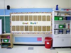 Love this idea for displaying work! Use clipboards on a bulletin board! Makes it VERY easy to change work out!