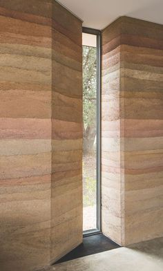 Gallery of River Ranch / Jobe Corral Architects - 19 Rammed Earth Homes, Rammed Earth Wall, Architecture Details, Interior Architecture, Interior Design, Steel Coffee Table, Modern Windows, Natural Building, Texas Hill Country