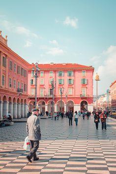 Nice, Cool Places To Visit, Places To Travel, Francia Paris, Promenade Des Anglais, Nice Ville, Juan Les Pins, Belle Villa, Places
