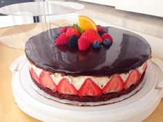 Fraisier (Danish recipe for French strawberry cake)