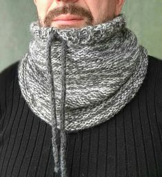 Check out this item in my Etsy shop https://www.etsy.com/listing/567713060/gray-chunky-cowl-chunky-snood-scarf