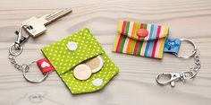 Sensational Tips Sewing Pattern Ideas. Brilliant Tips Sewing Pattern Ideas. Small Sewing Projects, Sewing Crafts, Creation Couture, Key Fobs, Fabric Scraps, Scrap Fabric, Crafts To Sell, Sewing Patterns, Creations