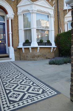 Front garden Victorian black and white mosaic London Balham Clapham Kingston Bromley Croydon Islington Contact anewgarden Victorian Front Garden, Victorian Front Doors, Victorian Terrace House, Victorian Gardens, Victorian Homes, Small Victorian Garden Ideas, Front Garden Path, Front Path, Front Door Steps
