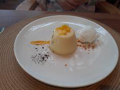 COMIDA DIA 19/04/2021 Panna Cotta, Ethnic Recipes, Food, Yogurt, Ice Cream, Recipes, Dulce De Leche, Essen, Meals