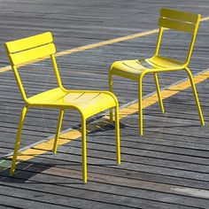Set of 2 - Bistro Luxembourg Chair Replica - Yellow - Metal Outdoor Furniture - Milan Direct
