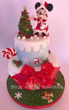 New year cake - Cake by Branka Vukcevic Minnie Mouse Birthday Cakes, Minnie Mouse Cake, Mickey Christmas, Christmas Treats, Christmas Cakes, Christmas Cake Topper, New Year's Cake, Cupcake Cakes, Baby Cakes