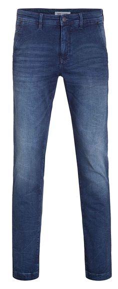 Für einen starken Auftritt bei gleichzeitig hohem Komfort sorgt die Jog'n Chino von MAC. Diese Hose ist aus leichtem Sweat Denim, der zwar so aussieht wie Denim, aber so gemütlich ist wie Sweat. Die perfekte Hose für heiße Tage!