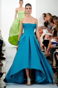 Oscar de la Renta Spring 2014 | blue | aqua | strapless | high-low | a-line crepe evening gown | high fashion