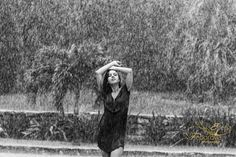 Artistic photo shoot in the rain in Playa del Carmen Mexico. Black and white photos made on a rainy day. Life is about learning to dance in the rain. Rainy Day Photography, Rain Photography, Autumn Photography, Photography Ideas, Cancun, Rainy Day Photos, Rain Pictures, Under The Rain, Walking In The Rain